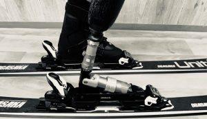 「【スキー操作編】日常用の義足でうまくスキー板を操作できるか?」